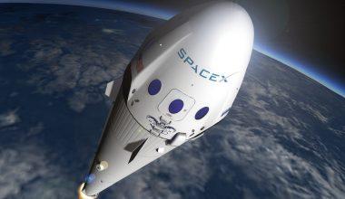 SpaceX uzay kapsülü dünyaya dönüş yaptı