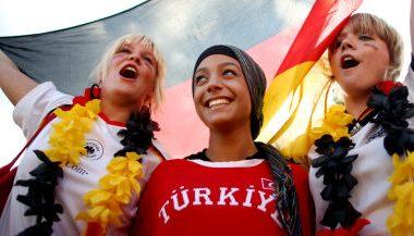 Almanya güvenlik seviyesini en alta çekti