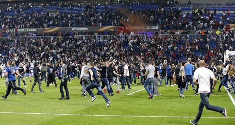 Beşiktaş'ın Lyon maçı seyircisiz oynanabilir