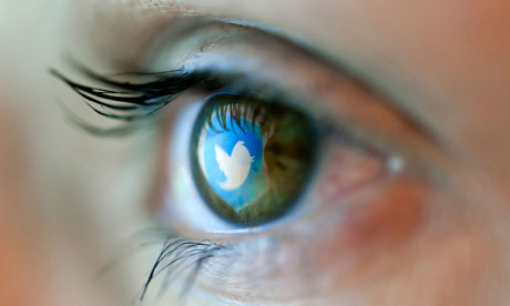 Sosyal medyaya gözlerinizi de kaptırmayın!