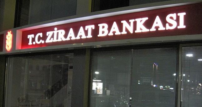 Yunanistan'daki Ziraat Bankası Saldırıya Uğradı