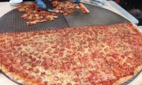 Las Vegas'ta hazırlanan dünyanın en büyük pizzası