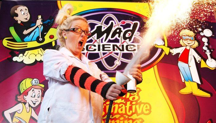 Mad Science Anaokulu Deneyleri Nasıl Yapılıyor?