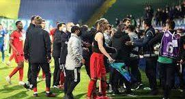 Rizespor-Beşiktaş maçının ardından gerginlik çıktı